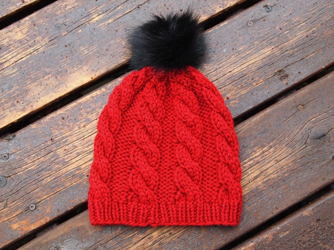 cabled hat red