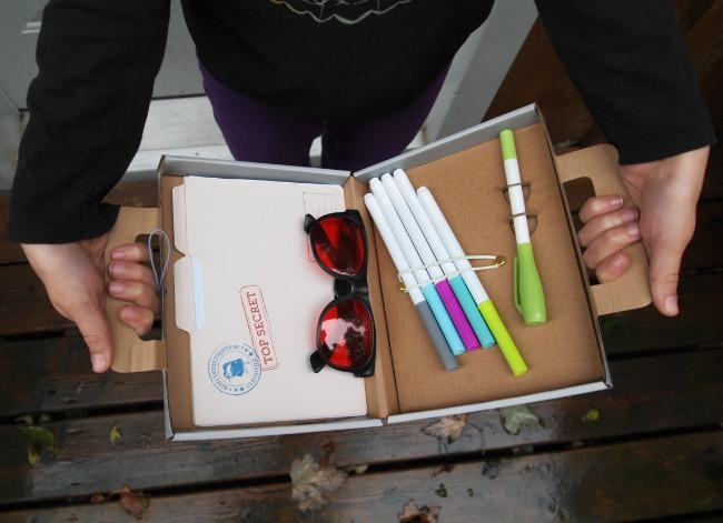 kiwi crate secret agent